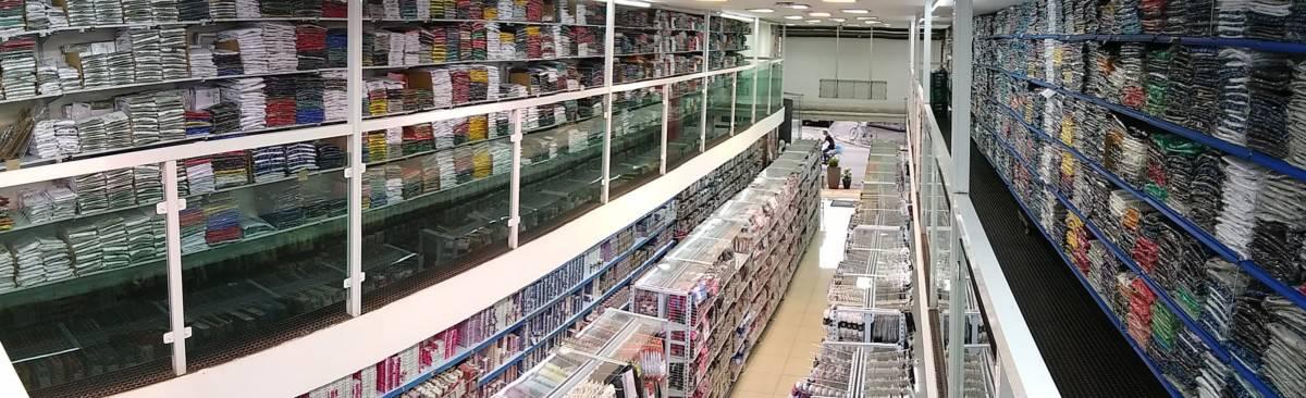 Roupas baratas para lojas de preço único no Brás SP