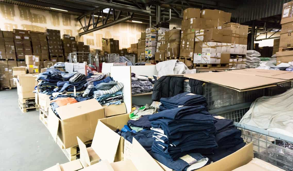 Fornecedores de roupas para revenda