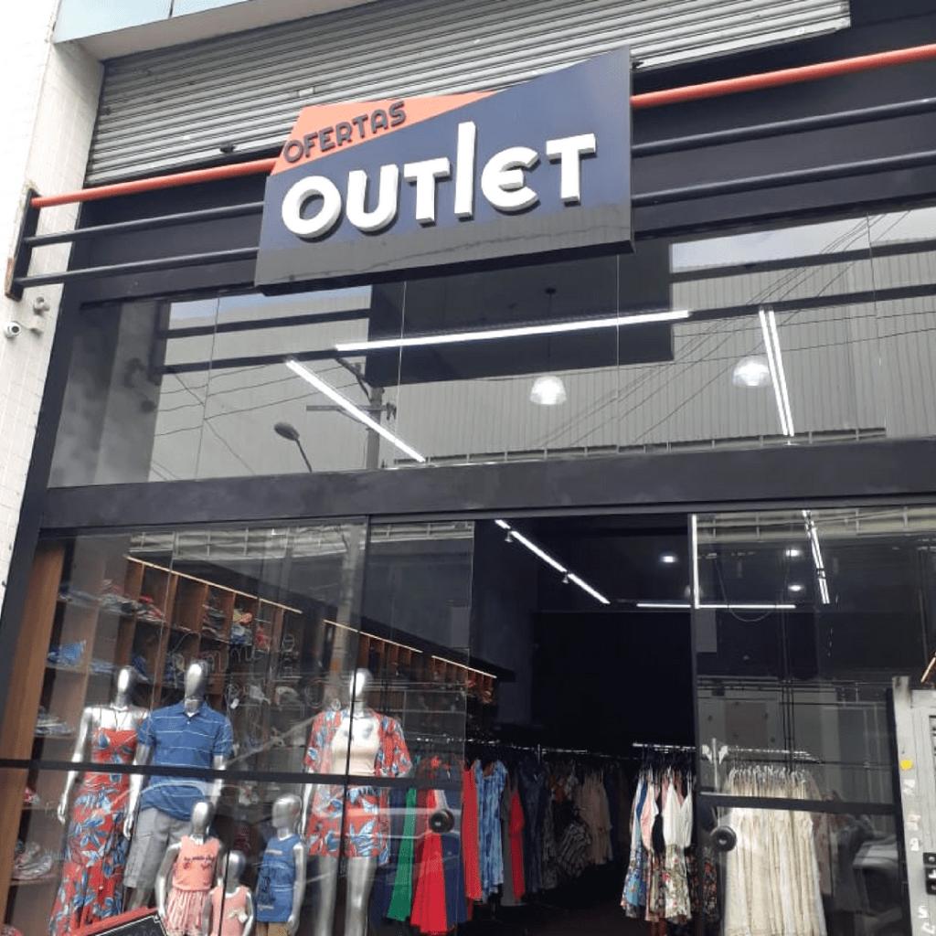 895d22abb Atacado de Roupas no Brás I [LUCRE ATÉ 400%] vendendo roupas!