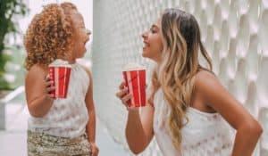Fabricante de moda mãe e filha