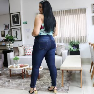 Jeans plus size na 44