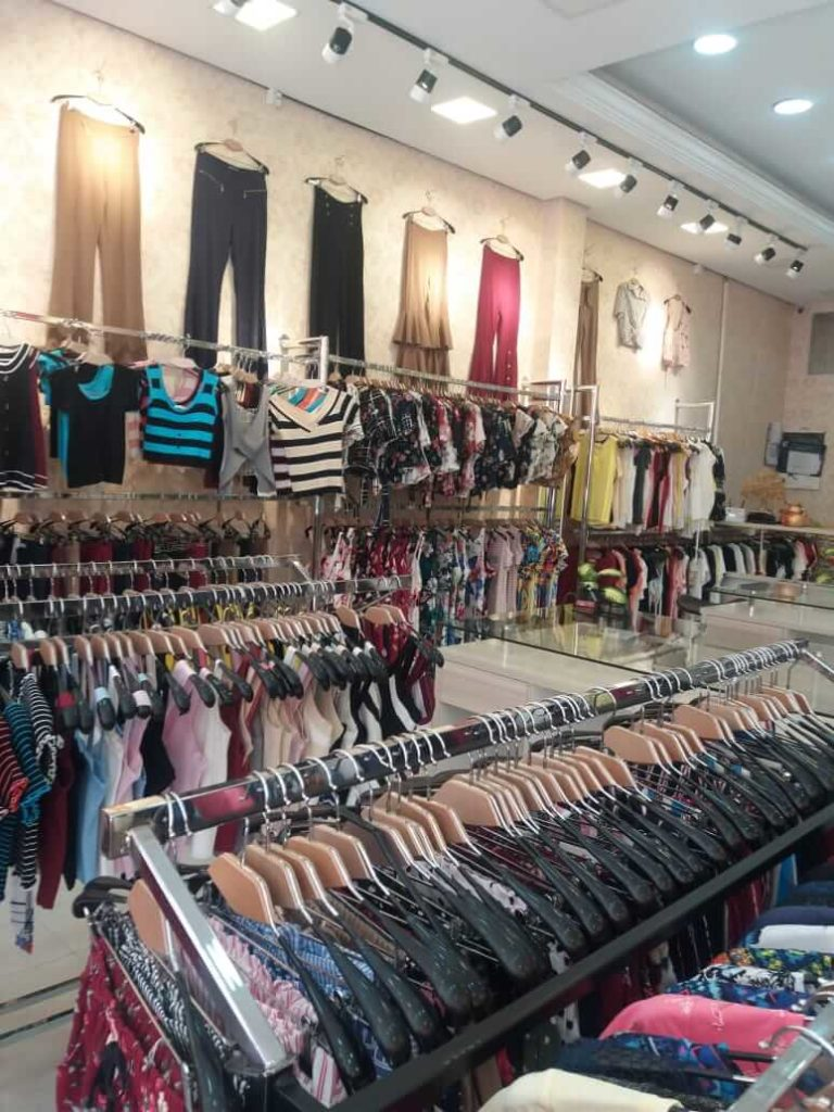 Fábrica de roupas na China