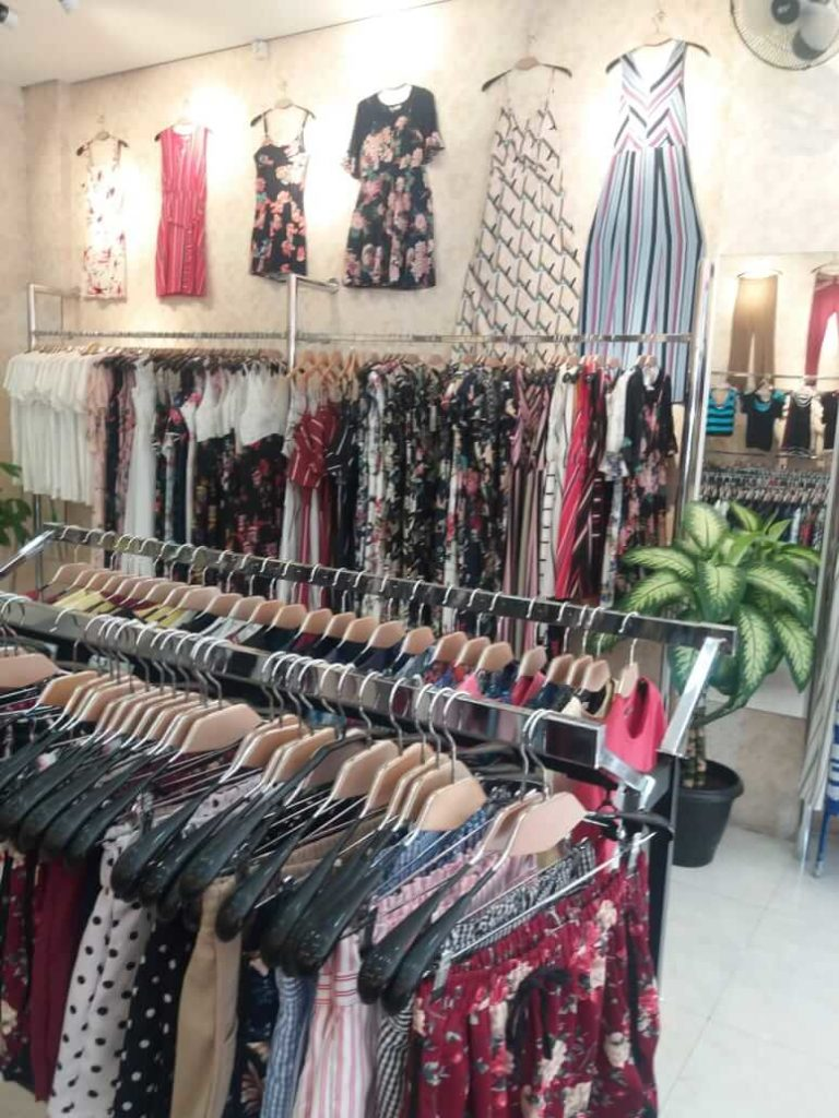 Importadora de roupas femininas chinesas no Brás