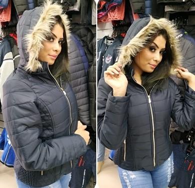 Jaqueta feminina com touca importada no Brás